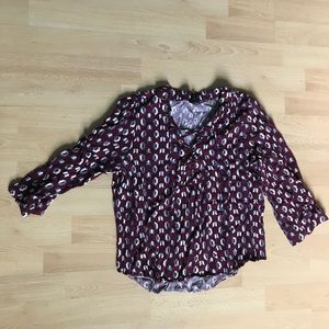 Three Quarter Sleeve Shirt with Geometric Pattern